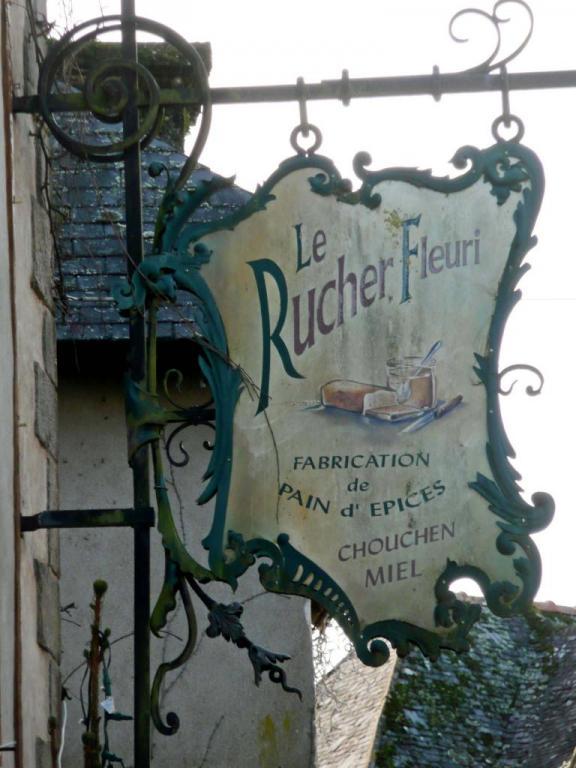Le Rucher Fleuri (Pain d'épice-Chouchen-Miel) - Rochefort en Terre